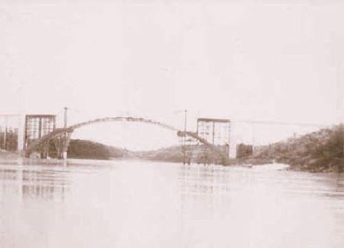 Ponte Internacional da Amizade no fim da dec de 50...