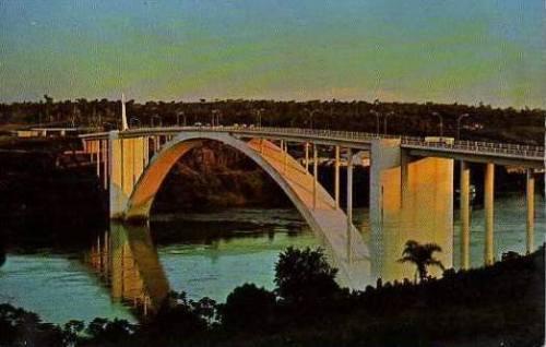 Ponte Internacional da Amizade no fim dos anos 60...