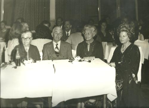 D. Elfrida, Dr. Dirceu,Otília Schimmelpfeng, madame Cathy.