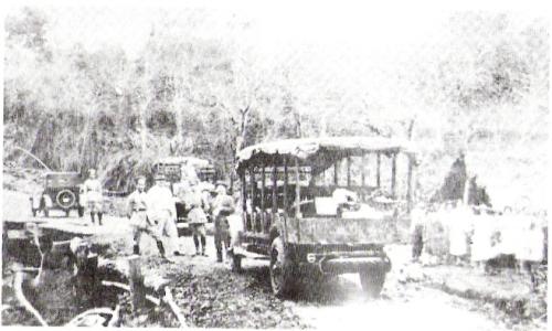 Em 1930 nas Cataratas do Iguaçu, o passeio era assim...