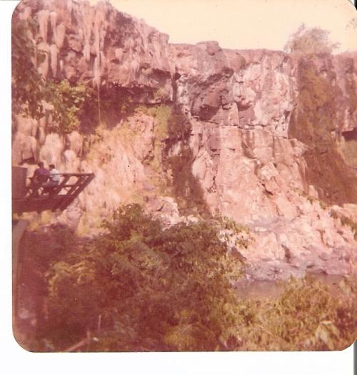 seca de 1977 ...Cataratas do Iguaçu ( foto : A. Taffarel)