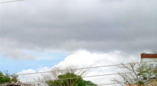 Nuvem do vertedouro de Itaipu - 24.10.2009 - 18hrsjajajaj