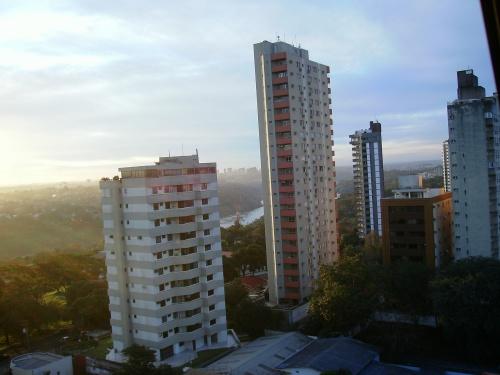 Centro de Foz com vista para Ciudad del Este.