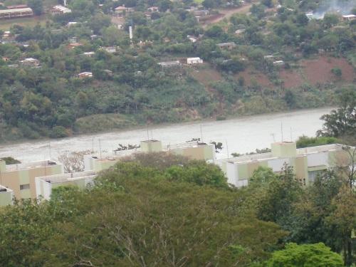 Visão do centro de Foz do rio Paraná ( cheio) 29/set/2009.